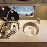 3 pits gasstel in keuken Dethleffs Nomad