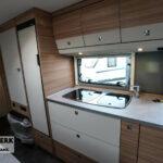 Dethleffs camper 560 FMK keuken