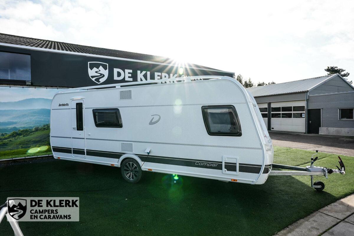 Dethleffs camper 560 FMK zijkant