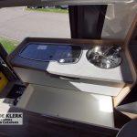 Keuken in de Mercedes camper 4x4