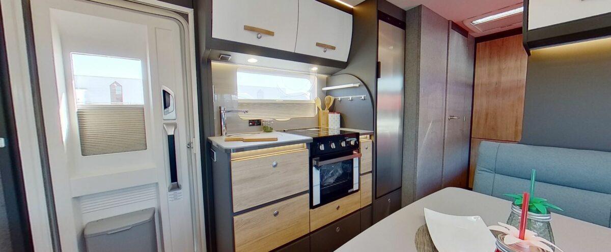 Dethleffs beduin scandinavia 540 QMK keuken