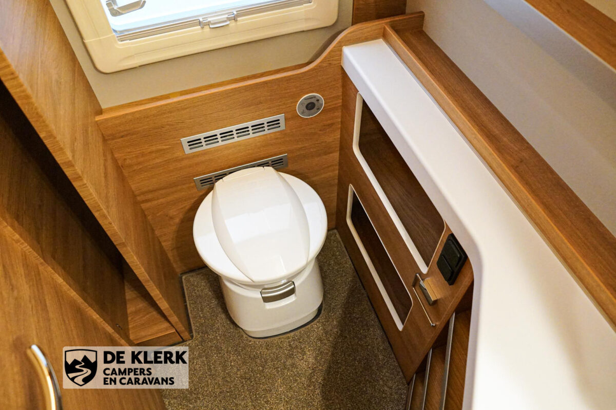 Tabbert Da vinci 560 HTD toilet