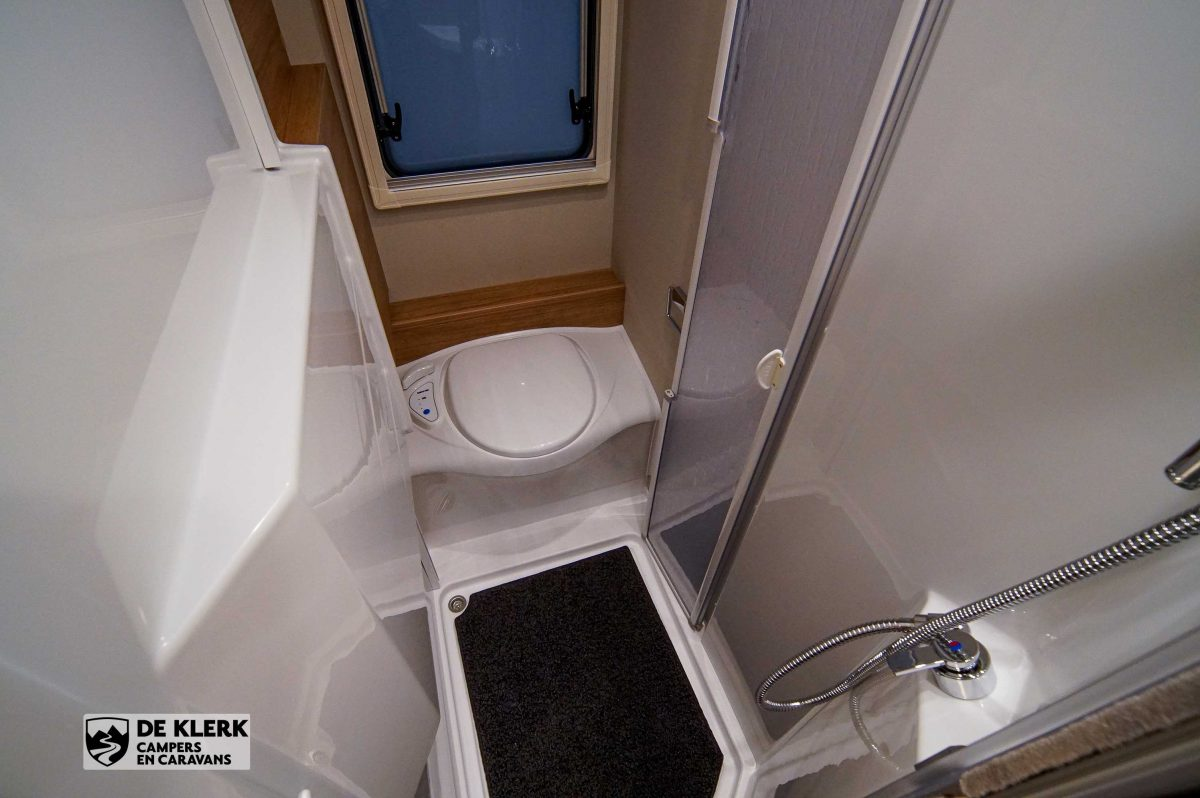 Weinsberg Caracompact 600 mf Pepper Edition toilet