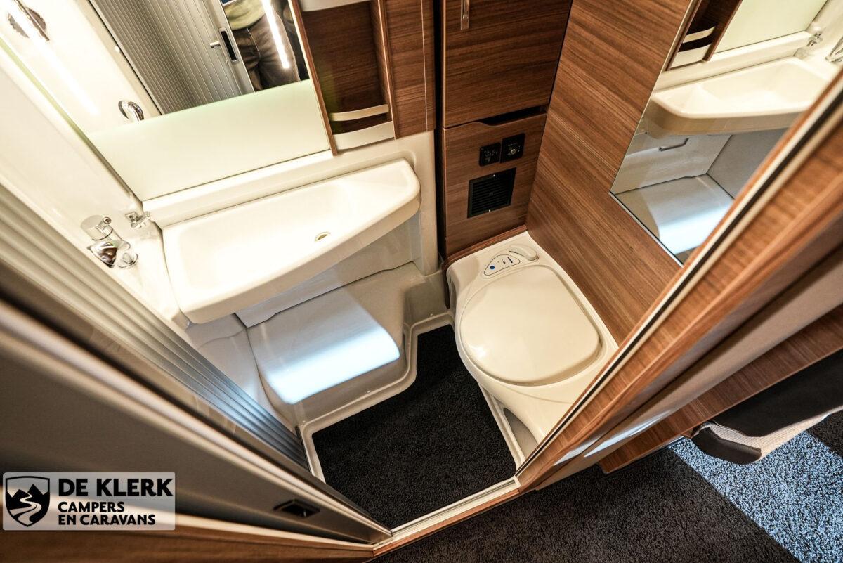 Knaus Van Ti MAN Vansation 640 MEG badkamer