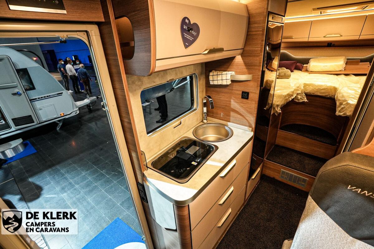 Knaus Van Ti MAN Vansation 640 MEG keuken